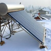 Saulės šildytuvai žiemą
