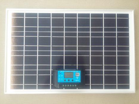 Saulės kroviklis akumuliatoriams 20 W