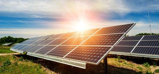 Gaminantiems vartotojams kompensacijos už nesuvartotą elektros energiją